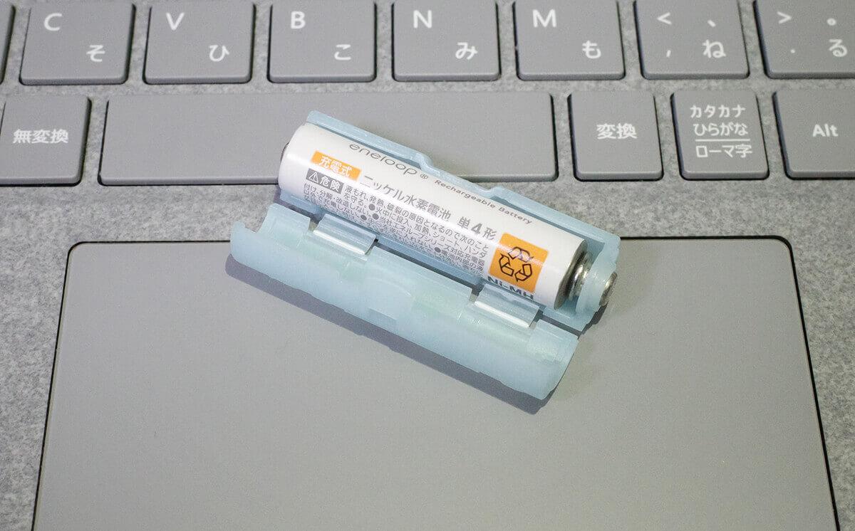 電池アダプターで単3電池にした単4電池