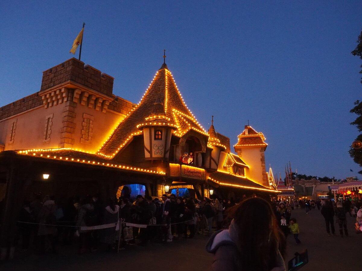 ディズニーの夜の風景