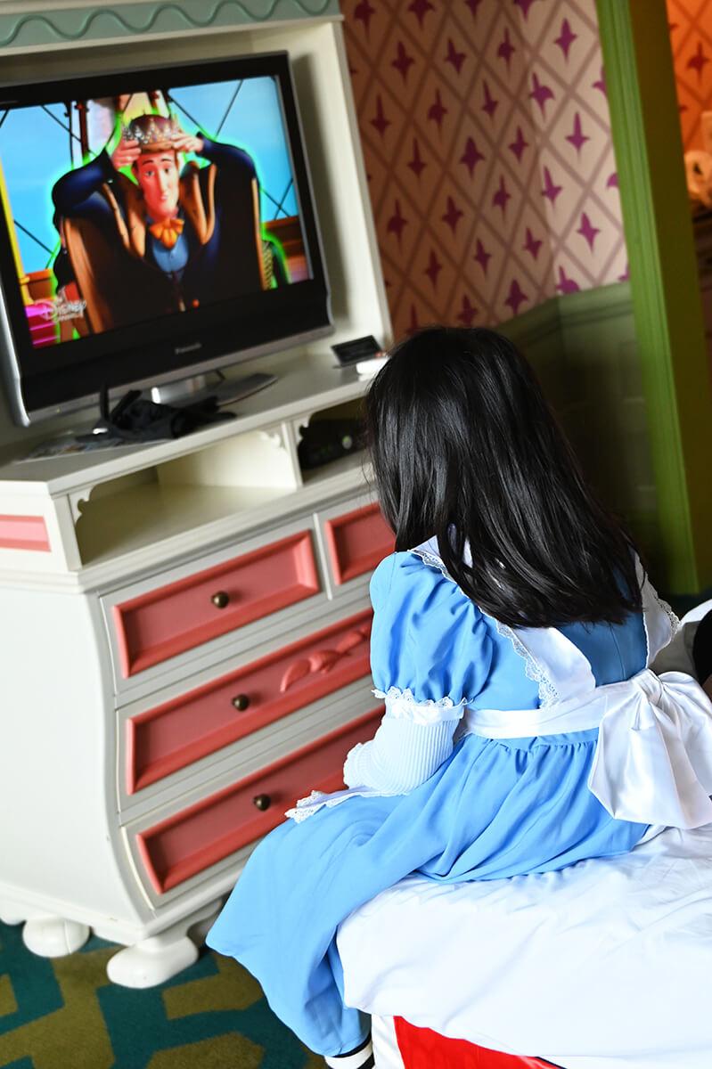ふしぎの国のアリスルーム ディズニー・チャンネルが見放題