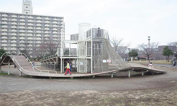 大島小松川公園のアスレチック