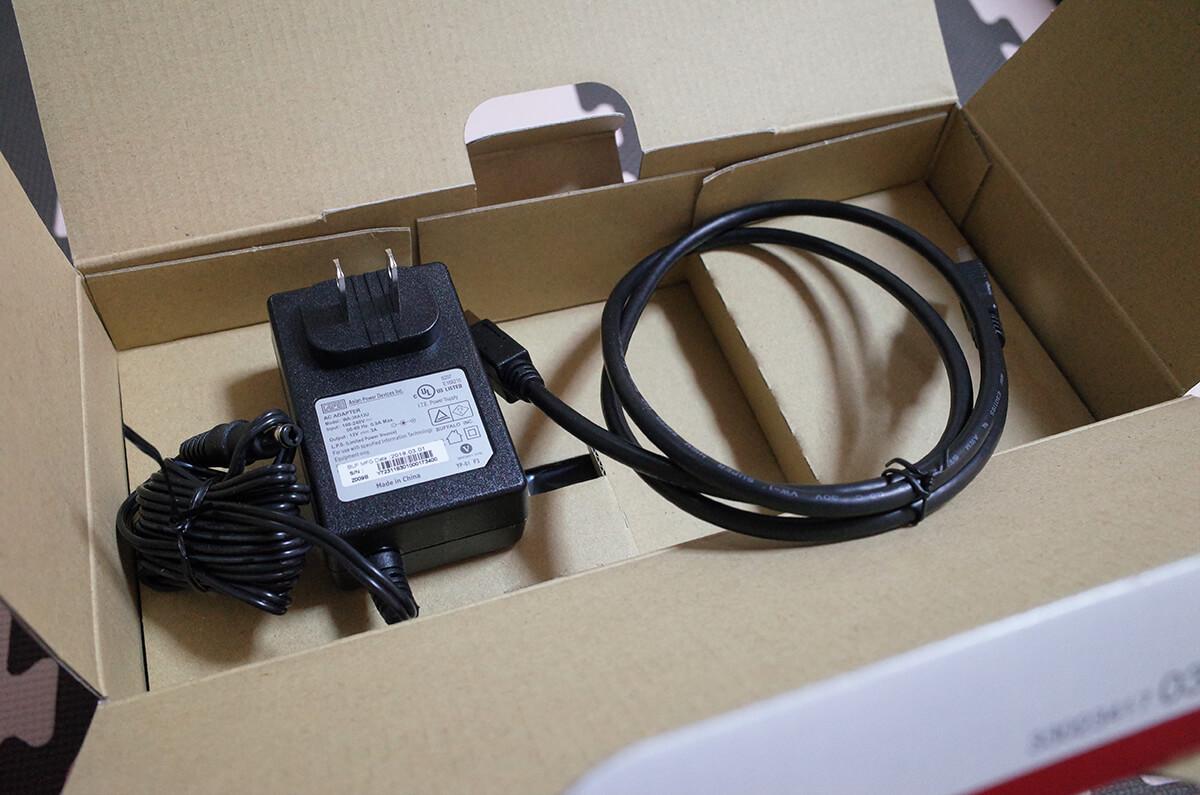 BUFFALO HD-WLU3/R1の付属品